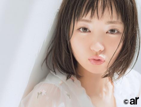 サムネイル 『ar』9月号に登場する欅坂46・今泉佑唯