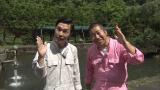 NHK・BSプレミアム『まいど!修繕屋です』8月11日放送。ハライチの2人が6年間会話のない親子の絆の修繕に挑む(C)NHK