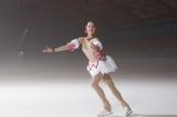 ザギトワ、日本のテレビCM初出演 『まどマギ』まどか風衣装で華麗な演技