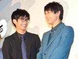 映画『銀魂2 掟は破るためにこそある』初日舞台あいさつに登壇した(左から)三浦春馬、吉沢亮 (C)ORICON NewS inc.