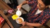 """木村拓哉、WEB番組でファンの要望に応える 番組グッズ会議&30年ぶり""""チキンラーメン""""作り挑戦"""