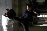 20日放送のフジテレビ系連続ドラマ『絶対零度』第7話に出演する(左から)本田翼、青野楓(C)フジテレビ
