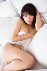 2nd写真集の発売が決定した久松郁実