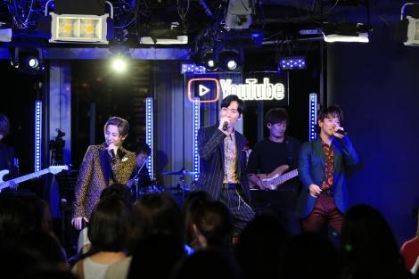 ニューアルバム『100』発売記念ライブを開催したw-inds.