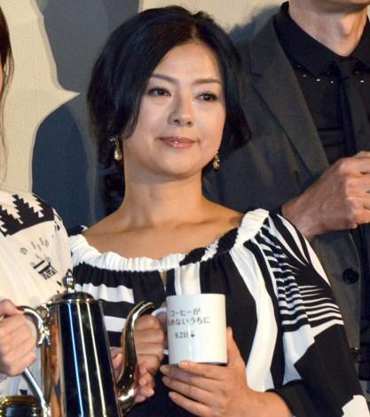 映画『コーヒーが冷めないうちに』完成披露試写会に出席した薬師丸ひろ子