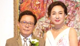 婚約発表パーティーを開催した(左から)猪瀬直樹氏と蜷川有紀 (C)ORICON NewS inc.
