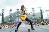 大型野外ライブ『GLAY × HOKKAIDO 150 GLORIOUS MILLION DOLLAR NIGHT Vol.3』に出演したTAKURO Photo by 岡田裕介/田辺佳子