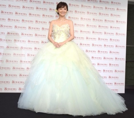 379ccdab687 画像・写真 | 倉科カナ、公の場で初ウエディングドレス披露「結婚願望が ...