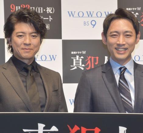 『連続ドラマW 真犯人』完成披露試写会に出席した(左から)上川隆也、小泉孝太郎 (C)ORICON NewS inc.
