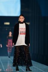 TGC_9234.J『東京ガールズコレクション 2018 AUTUMN/WINTER』に出演したローレン・サイ(C)マイナビ presents TOKYO GIRLS COLLECTION 2018 A/W