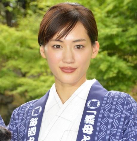 ドラマ『義母と娘のブルース』の制作発表会見に出席した綾瀬はるか (C)ORICON NewS inc.