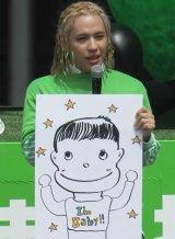 子供の似顔絵を披露した、りゅうちぇる (C)ORICON NewS inc.