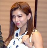 パンクラス・レベルス完全グループ化会見に出席した筋肉美女の岡本璃奈選手 (C)ORICON NewS inc.