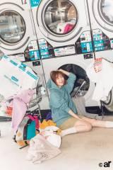 """『ar』10月号で""""スウェット愛をアピールしたHKT48・指原莉乃"""