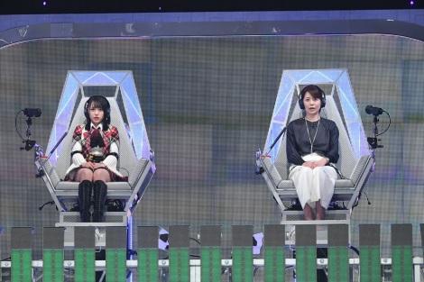 9月26日放送、テレビ朝日系『ザ・タイムショック』向井地美音(AKB48)VS草野満代(C)テレビ朝日