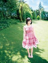 『週刊ヤングジャンプ』41号に登場したAKB48・矢作萌夏 (C)山口勝己/集英社