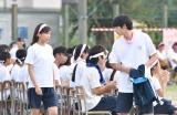 10月スタートの連続ドラマ『中学聖日記』に出演する新人女優・小野莉奈と岡田健史 (C)TBS
