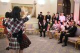 タイ首相官邸で「恋するフォーチュンクッキー」のダンスを披露したAKB48(C)AKS