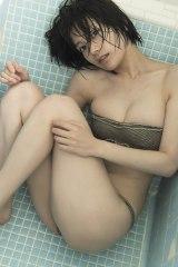 1st写真集カットを解禁した佐藤美希 (C)光文社/写真・藤本和典