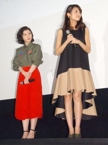 映画『聲の形(こえのかたち)』完成披露上映舞台あいさつに出席した(左から)松岡茉優、早見沙織 (C)ORICON NewS inc.