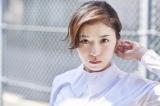 10月8日放送のフジテレビ系Love music staff presents『ど夜中フェス!!#2』のMC・松岡茉優
