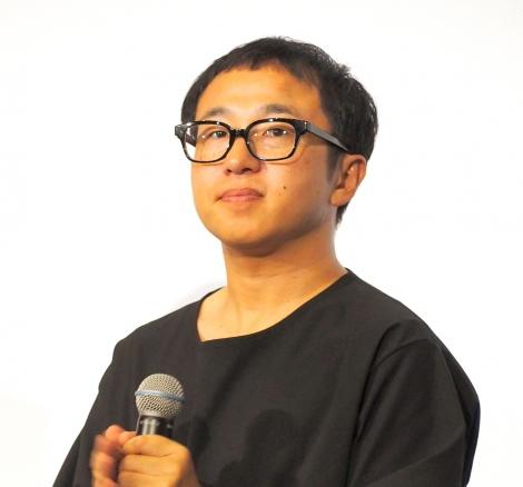 「Paravi」オリジナルドラマ『tourist』の完成披露試写会に登場したスミス監督 (C)ORICON NewS inc.