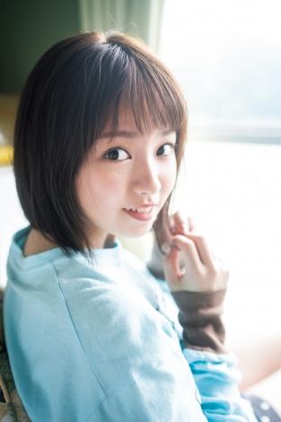 サムネイル 『週刊少年マガジン』43号の表紙を飾った今泉佑唯