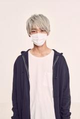 ABCテレビのドラマ『幸色のワンルーム』お兄さん役の上杉柊平(C)はくり/SQUARE ENIX・ABC TV