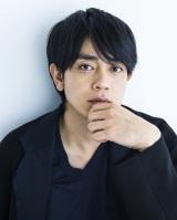 テレビ朝日系土曜ナイトドラマ『あなたには渡さない』(11月10日スタート)に出演する青柳翔