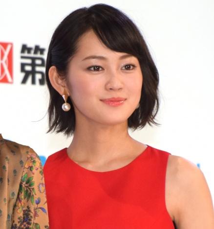 第15回『全日本国民的美少女コンテスト』にゲスト出演した吉本実憂 (C)ORICON NewS inc.