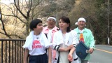 完熟フレッシュのレイラと意気投合する森昌子(C)テレビ朝日