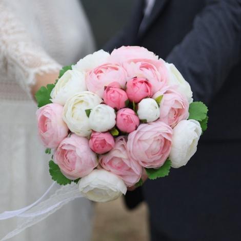 サムネイル ブロガー/作家のはあちゅう氏が事実婚を公表