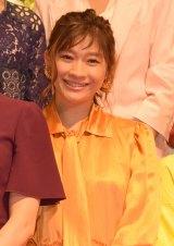 映画『SUNNY(サニー)強い気持ち・強い愛』(8月31日公開)の完成披露舞台あいさつに出席した篠原涼子 (C)ORICON NewS inc.