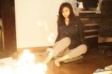 テレビ朝日系ドラマスペシャル『誘拐法廷〜セブンデイズ〜』(10月7日放送)本物の火を使った撮影にも果敢に挑んだ松嶋菜々子(C)テレビ朝日