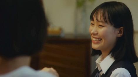 江崎グリコ「ポッキーチョコレート」WEB動画『何本分話そうかな・超ロング篇』場面カット