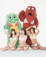 グラビアに初挑戦したガチャピン&ムック(C)光文社/写真・木村哲夫