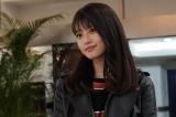 8日放送の新月9『SUITS/スーツ』初回にSNS生配信を行う今田美桜(C)フジテレビ