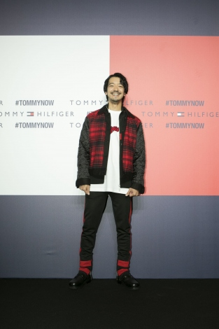 『TOMMY HILFIGER PRESENTS TOKYO ICONS』に来場した金子ノブアキ