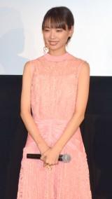 ピンクのドレスで登壇した戸田恵梨香 (C)ORICON NewS inc.