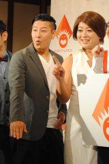 和泉元彌とIKKOを披露するチョコプラ