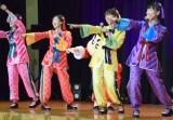 「笑一笑 〜シャオイーシャオ!〜」と「走れ!」の2曲を披露したももいろクローバーZ(左から)佐々木彩夏、百田夏菜子、玉井詩織、高城れに (C)ORICON NewS inc.