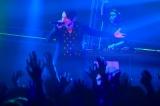 音楽アワード『VIDEO MUSIC AWARDS JAPAN 2018』でパフォーマンスを行ったSKY-HI