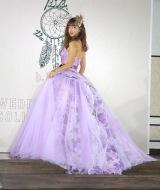 自身が監修したウエディングドレスを披露した藤田ニコル (C)ORICON NewS inc.