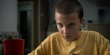 『ストレンジャー・シングス』シーズン1で、存在感が半端なかった正体不明の少女「イレブン」。演じているが当時11歳だったミリー・ボビー・ブラウン