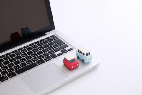 「ダイレクト型」と「代理店型」にわけられる自動車保険。最新の業界動向を解説!