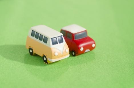 車を複数所有する場合に適用できる「セカンドカー割引」について解説する