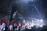 東京ドームで「Rising Sun」を披露