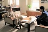 『僕らは奇跡でできている』第3話より小林薫、要潤(C)カンテレ