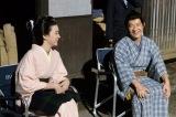 NHK総合、時代劇コメディー『忍べ!右左エ門』(12月19日放送)内村光良と永野芽郁のオフショット(C)NHK