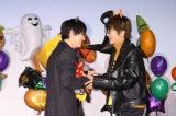 映画『あのコの、トリコ。』の大ヒット御礼舞台あいさつに出席した(左から)吉沢亮、Nissy